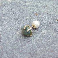 TANE 天然石の片耳ピアス APATITE