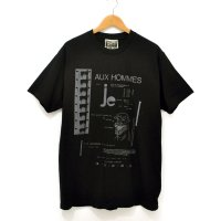 <img class='new_mark_img1' src='https://img.shop-pro.jp/img/new/icons7.gif' style='border:none;display:inline;margin:0px;padding:0px;width:auto;' />[Men's] HE?XION! Tシャツ ブラック サイズ:L