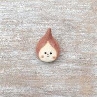 足田メロウ  陶器のブローチ  しずく ローズピンク
