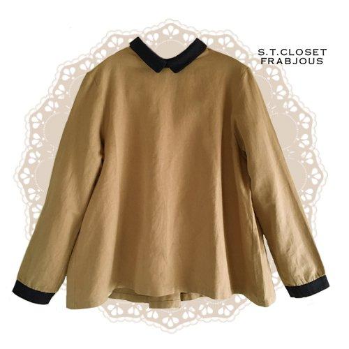 s.t.closet frabjous(エスティークローゼットフラビシャス) クレリック襟付きブラウスの商品写真です