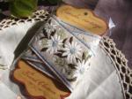 フランス製 リネン刺繍リボン