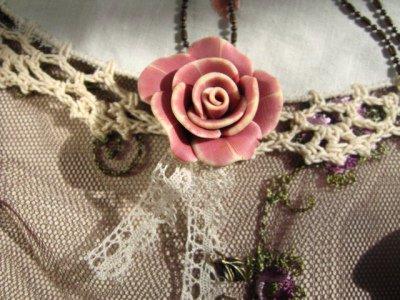 ティアラ(シュシュドママン) グランドローズ ネックレスの商品写真2