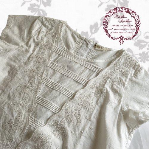 マシュカシュ(Mashu Kashu) 刺繍ブラウスの商品写真4