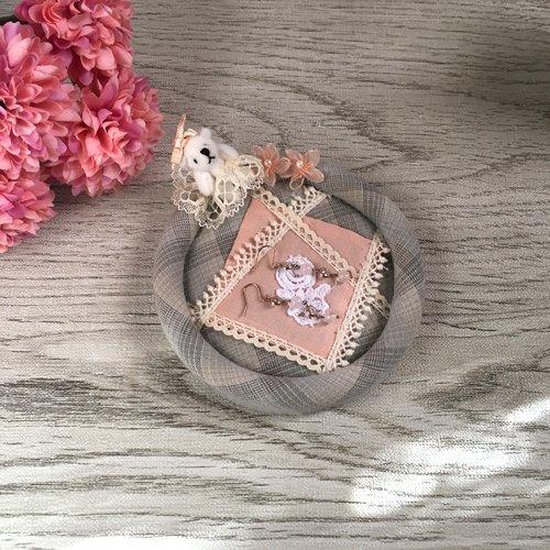 La main du chat(ラマンデュシャ) ベア付きミニトレーの商品写真です