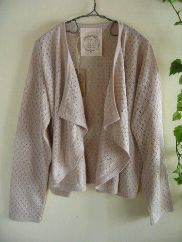 マシュカシュ(Mashu Kashu) 透かし編みボレロの商品写真です