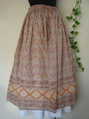 マシュカシュ パネルプリントスカートの商品写真です