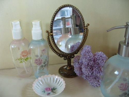 ティアラ スタンドミラーの商品写真です