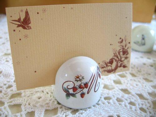 マニー レール・ドゥ・ロココ 陶器 メモスタンド丸の商品写真です