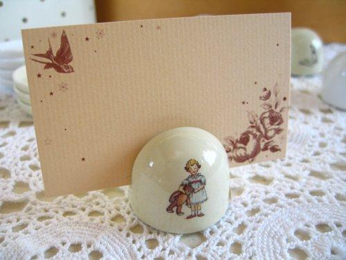 マニー プチメゾン 陶器 メモスタンド丸(2柄)の商品写真です