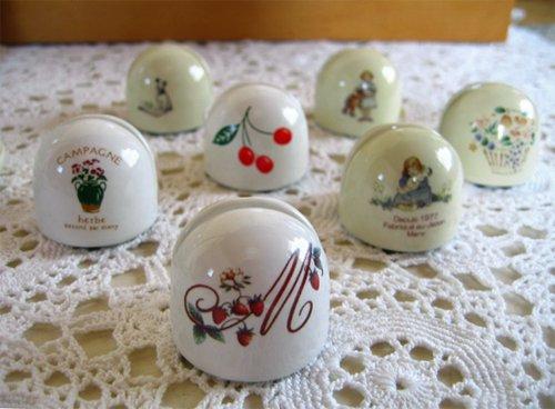 マニー チェリー 陶器 メモスタンド丸の商品写真5