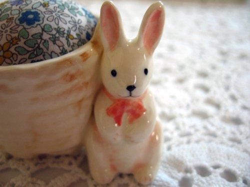 マニー プチメゾン 陶器 ピンクッション うさぎBの商品写真2