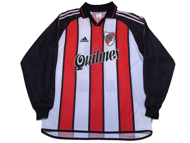 River Plate/01-02/A