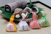 【写真】紅梅堂の銘菓セット