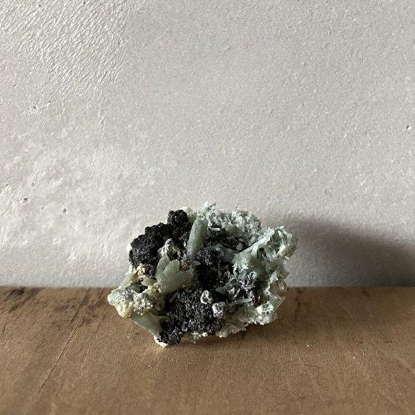 Quartz w/ Hedenbergite&Sphalerite