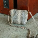 TODAYFUL トゥデイフル Python Shoulder Bag 11821071 【18AW2】【先行予約】【クレジット限定 納期12月〜1月頃予定】 <img class='new_mark_img2' src='https://img.shop-pro.jp/img/new/icons15.gif' style='border:none;display:inline;margin:0px;padding:0px;width:auto;' />