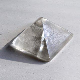 パキスタン水晶ピラミッド