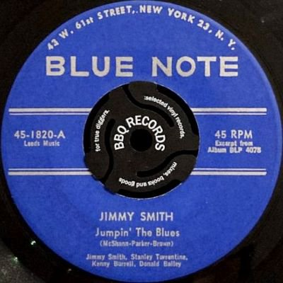 <img class='new_mark_img1' src='https://img.shop-pro.jp/img/new/icons3.gif' style='border:none;display:inline;margin:0px;padding:0px;width:auto;' />JIMMY SMITH - JUMPIN' THE BLUES / ONE O'CLOCK JUMP (7) (VG)