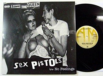 SEX PISTOLS - God Save The Que...
