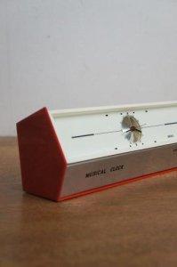 ★スペーシーな置き時計(ミュージカルクロック)