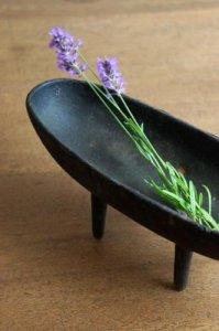 ★三つ脚の花器