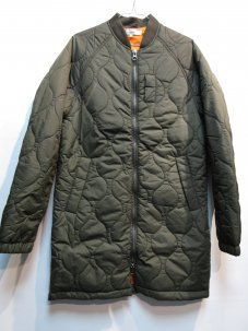 <img class='new_mark_img1' src='//img.shop-pro.jp/img/new/icons5.gif' style='border:none;display:inline;margin:0px;padding:0px;width:auto;' />LOOM QUILTING BOMBER JACKET Sサイズ カーキ