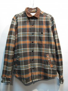 <img class='new_mark_img1' src='//img.shop-pro.jp/img/new/icons5.gif' style='border:none;display:inline;margin:0px;padding:0px;width:auto;' />KOTO 中綿入り PLAID CHECK ジャケット Sサイズ ブラウン