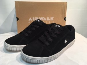 <img class='new_mark_img1' src='//img.shop-pro.jp/img/new/icons5.gif' style='border:none;display:inline;margin:0px;padding:0px;width:auto;' />AIR WALK CLASSICK BLOC SNEAKER ブラック