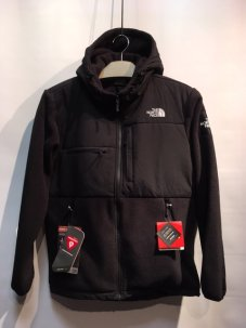 THE NORTH FACE ノースフェイス DENALI HOODIE ブラック<img class='new_mark_img2' src='https://img.shop-pro.jp/img/new/icons5.gif' style='border:none;display:inline;margin:0px;padding:0px;width:auto;' />