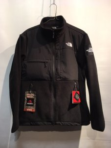 THE NORTH FACE ノースフェイス DENALI JACKET ブラック<img class='new_mark_img2' src='https://img.shop-pro.jp/img/new/icons5.gif' style='border:none;display:inline;margin:0px;padding:0px;width:auto;' />