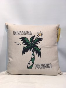 <img class='new_mark_img1' src='//img.shop-pro.jp/img/new/icons5.gif' style='border:none;display:inline;margin:0px;padding:0px;width:auto;' />Chinatown Market For UO Whatever Forever Throw Pillow