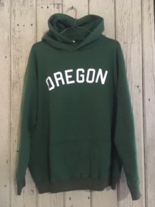 <img class='new_mark_img1' src='//img.shop-pro.jp/img/new/icons5.gif' style='border:none;display:inline;margin:0px;padding:0px;width:auto;' />Penney's OREGON Hoody Sweat