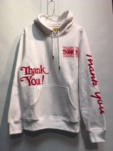 <img class='new_mark_img1' src='//img.shop-pro.jp/img/new/icons5.gif' style='border:none;display:inline;margin:0px;padding:0px;width:auto;' />Chinatown Market Flocked Thank You Hoodie