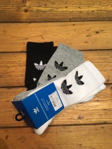 <img class='new_mark_img1' src='//img.shop-pro.jp/img/new/icons5.gif' style='border:none;display:inline;margin:0px;padding:0px;width:auto;' />adidas Originals Trefoil Logo Sock 3-Pack