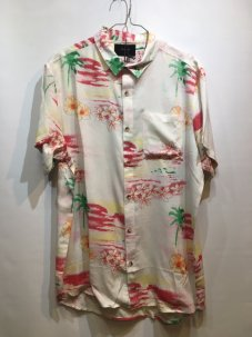 <img class='new_mark_img1' src='//img.shop-pro.jp/img/new/icons5.gif' style='border:none;display:inline;margin:0px;padding:0px;width:auto;' />Rolla's Bon Spicoli Short Sleeve Shirt