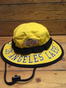 Mitchell & Ness Team Burst Los Angeles Lakers Boonie Bucket Hat