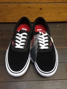 <img class='new_mark_img1' src='//img.shop-pro.jp/img/new/icons5.gif' style='border:none;display:inline;margin:0px;padding:0px;width:auto;' />VANS ERA PRO Black/White/Gum