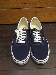 <img class='new_mark_img1' src='//img.shop-pro.jp/img/new/icons5.gif' style='border:none;display:inline;margin:0px;padding:0px;width:auto;' />VANS ERA Navy