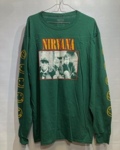 <img class='new_mark_img1' src='//img.shop-pro.jp/img/new/icons5.gif' style='border:none;display:inline;margin:0px;padding:0px;width:auto;' />Nirvana Dalmacia Hotel Long Sleeve Tee