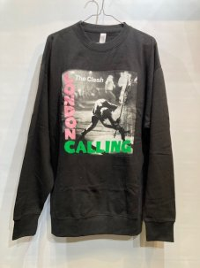 <img class='new_mark_img1' src='https://img.shop-pro.jp/img/new/icons5.gif' style='border:none;display:inline;margin:0px;padding:0px;width:auto;' />The Clash London calling Sweatshirt