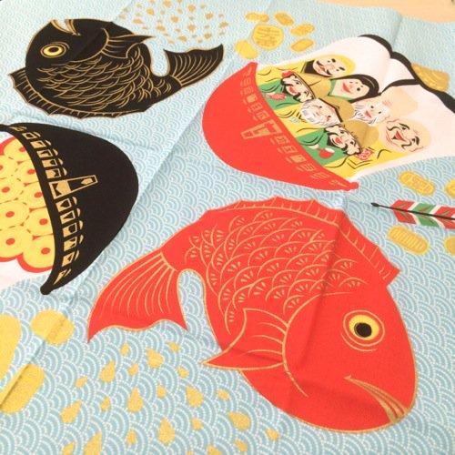 COCHAE 包み絵風呂敷 七福神と鯛 70cm