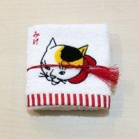 歌川国芳 猫刺繍ハンドタオル(みけ・赤)