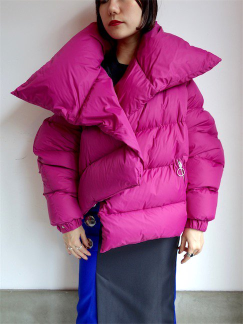 MARQUES ALMEIDA-ASYMMETRIC PUFFA JACKET/PINK<img class='new_mark_img2' src='//img.shop-pro.jp/img/new/icons20.gif' style='border:none;display:inline;margin:0px;padding:0px;width:auto;' />
