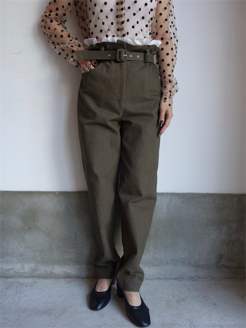 ISA ARFEN-STRETCH DENIM TROUSERS W/BRODERIE TRIM/OLIVE<img class='new_mark_img2' src='//img.shop-pro.jp/img/new/icons10.gif' style='border:none;display:inline;margin:0px;padding:0px;width:auto;' />