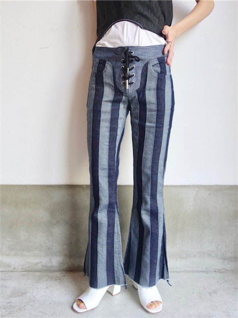 MARQUES ALMEIDA-LACE UP CAPRIS<img class='new_mark_img2' src='//img.shop-pro.jp/img/new/icons20.gif' style='border:none;display:inline;margin:0px;padding:0px;width:auto;' />
