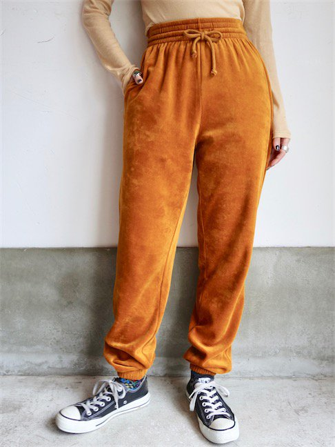 BASERANGE-SWEAT PANTS<img class='new_mark_img2' src='//img.shop-pro.jp/img/new/icons10.gif' style='border:none;display:inline;margin:0px;padding:0px;width:auto;' />