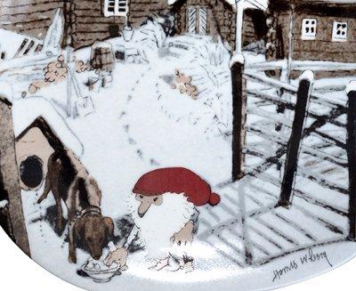 【今だけ価格】Guldkroken Harald Wiberg トムテとイヌ クリスマスプレート 1992年の写真No.2