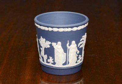 ◇ウェッジウッド/WEDGWOOD ジャスパー/Jasper ポートランドブルー/Portland Blue ギリシャ神話 ベース 8cmの写真