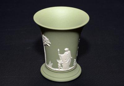 ウェッジウッド/WEDGWOOD ジャスパー/Jasper セージグリーン/Sage Green ギリシャ神話 フラワーベース(花瓶)の写真
