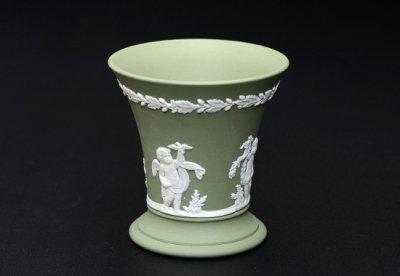 ◇ウェッジウッド/WEDGWOOD ジャスパー/Jasper セージグリーン/Sage Green ギリシャ神話 フラワーベース(花瓶)の写真