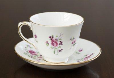 ◇クラウンスタッフォードシャー/Crown Staffordshire ピンクローズ/Pink Rose コーヒーカップ&ソーサー&プレート 3点セット(トリオ)の写真No.3